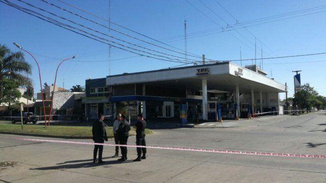 En pleno centro. El crimen de Rizzardi ocurrió frente a una YPF de Tucumán y Ovidio Lagos de Casilda.