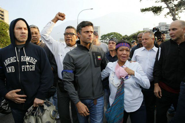 El líder opositor Leopoldo López fue liberad y generó una conmoción en Venezuela.