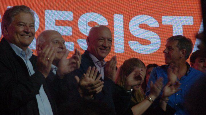 Optimismo y dientes apretados para la nueva campaña del Frente