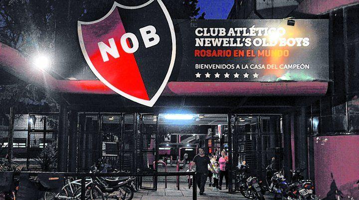Newells: la CD convocó a las agrupaciones opositoras