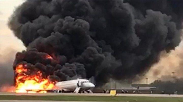 Impresionante. El avión Sujoi Superjet-100