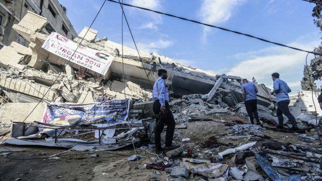 Devastación. Un edificio destruido en la ciudad de Gaza.