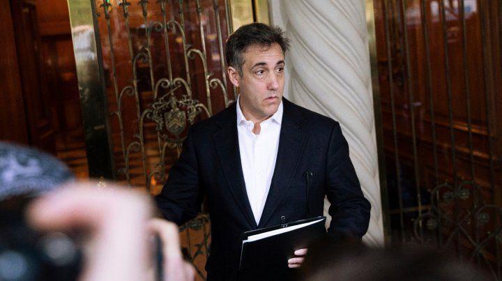 Cohen sale rumbo a la prisión.