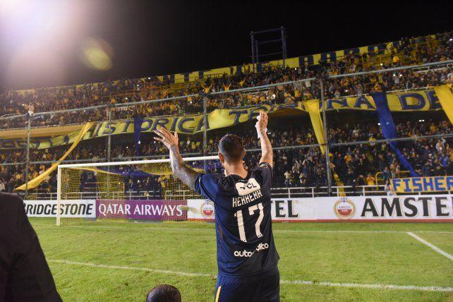 Herrera, leyenda en azul y amarillo