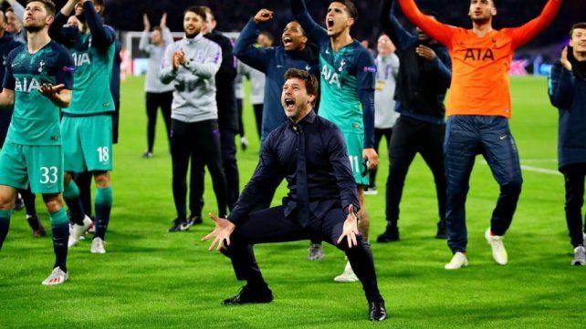El loco festejo y la emoción de Pochettino por el triunfo de Tottenham