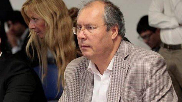 Conmoción en la escena política por el ataque a Olivares