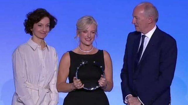 Karen Hallberg, el día que recibió el Premio Internacional L