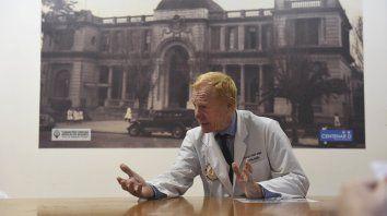 Lelio Zeno: La esencia del acto médico es escuchar al paciente
