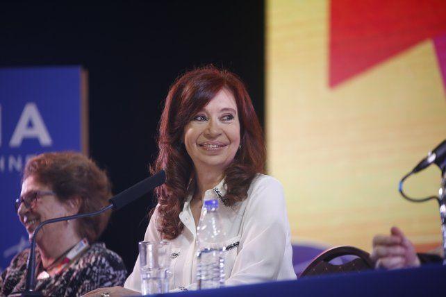 Cristina quiere un contrato social verificable y exigible