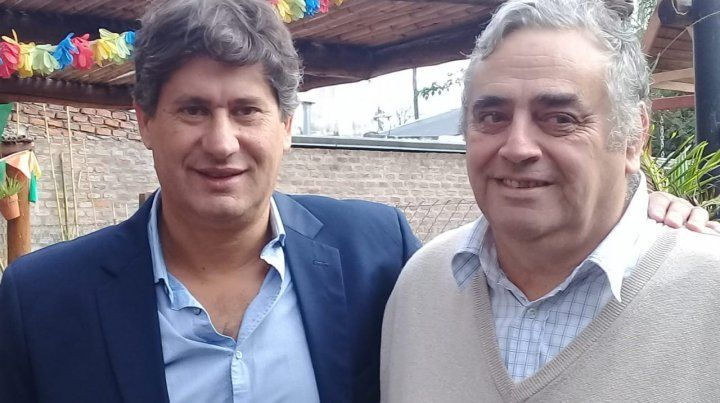 Sintonía. Roly Santacroce con su compañero Juan Miguez.