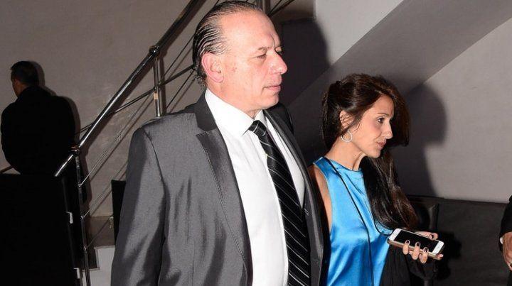 Sergio Berni y su esposaAgustina Propato.