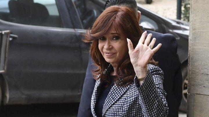 El juicio oral y público a Cristina Fernández tenía fecha de inicio para el martes próximo.