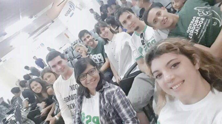 Convocan a un encuentro de estudiantes secundarios y universitarios