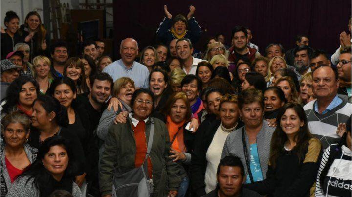 Entidades sociales dieron su apoyo a Bonfatti y Javkin