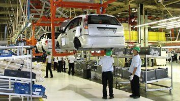 La automotriz Ford suspendió 500 obreros en Pacheco