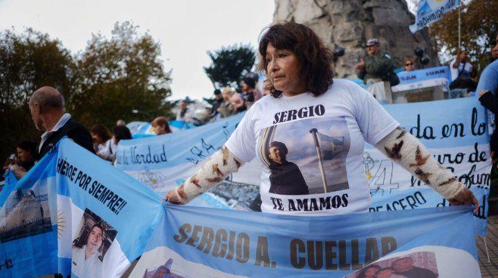 Protesta. Una mamá en la manifestación de ayer.