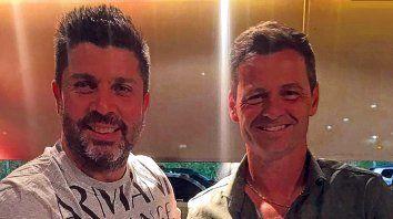 Dupla. Bragarnik junto a Diego Cocca, el técnico canalla. El empresario lo representa.