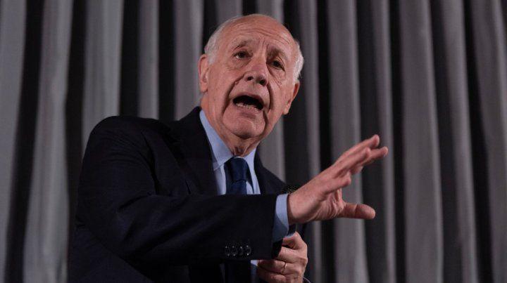 Roberto Lavagna manifestó que seguirá adelante con su candidatura a presidente