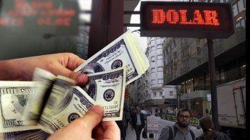 Cambio. El dólar volvió a subir unos centavos durante el día de ayer.