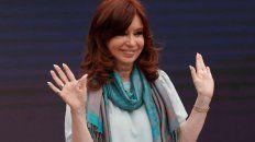 A horas del juicio, Cristina se defendió en Twitter