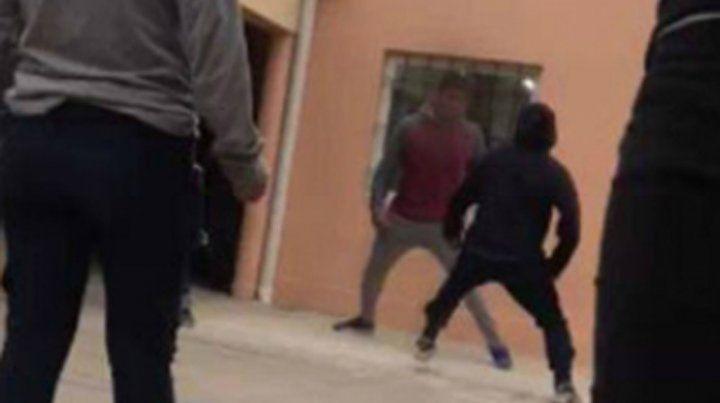 Un alumno intentó apuñalar a un compañero en el recreo