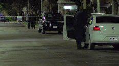 Una médica resistió un asalto en su casa y mataron al padre