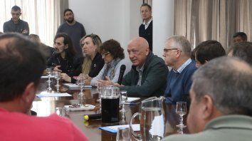 En Luz y Fuerza. El candidato se reunió con dirigentes gremiales.