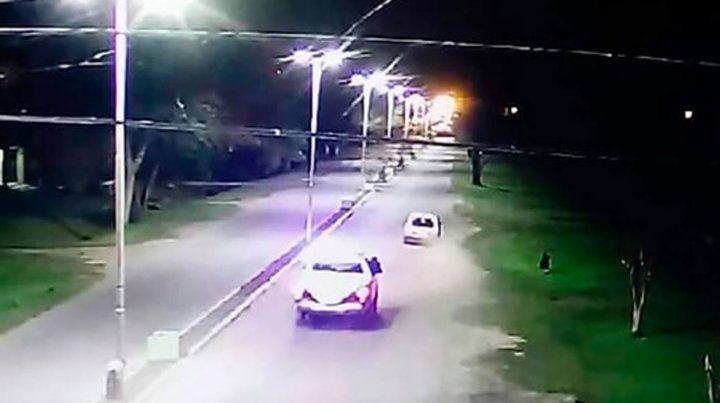 Investigan si dos policías tuvieron que ver con la muerte de cuatro jóvenes tras un choque
