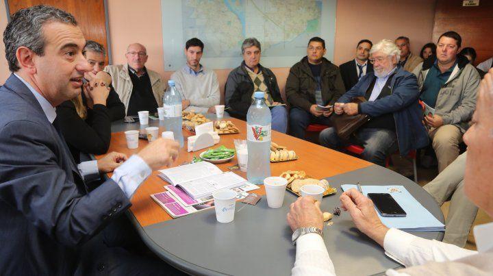 Javkin presentó sus ideas para el desarrollo de las pymes en la zona sur