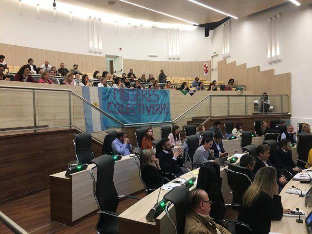 El Concejo aprobó el cupo de choferes mujeres en el transporte urbano de pasajeros