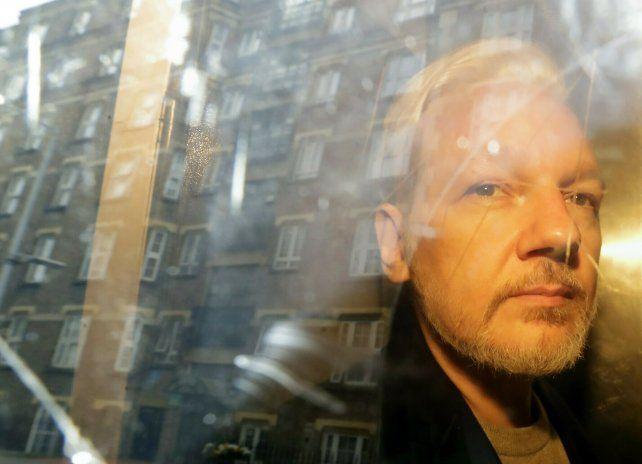 EEUU amplía los cargos contra Assange, agravando una futura sentencia