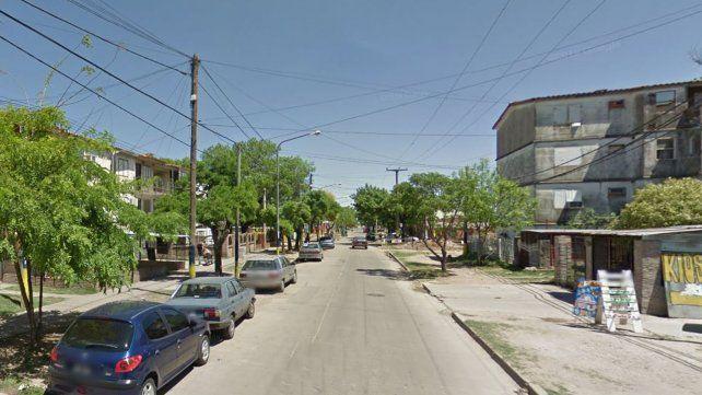 Simularon ser policías y robaron 2 mil dólares de una casa en zona oeste