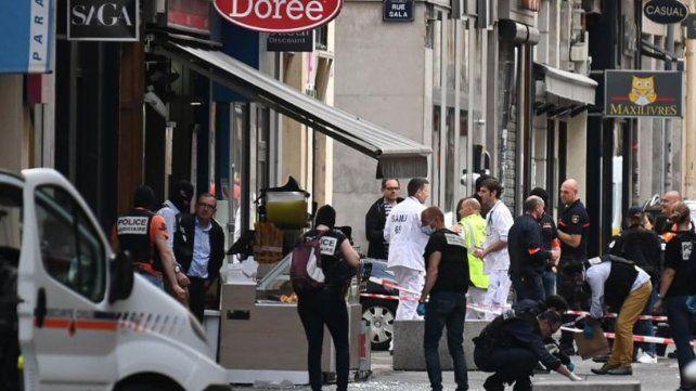 Obtienen ADN del hombre que puso una bomba en Lyon