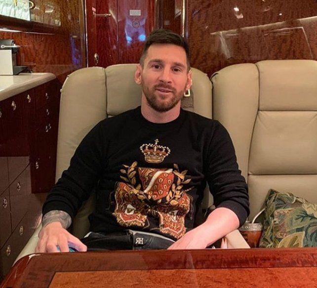 Por la niebla, Messi estuvo varado en el aeropuerto de Fisherton