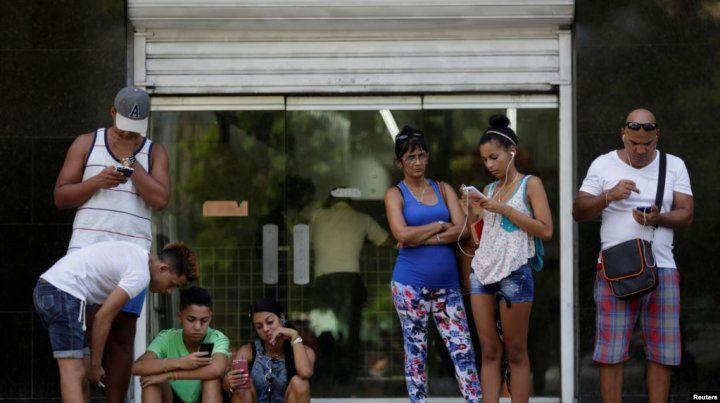 Cuba legaliza las redes privadas de wi-fi y la importación de routers