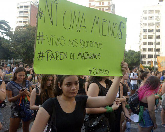Los reclamos de los grupos de mujeres recorrerán el centro de la ciudad con sus típicos pañuelos y carteles.