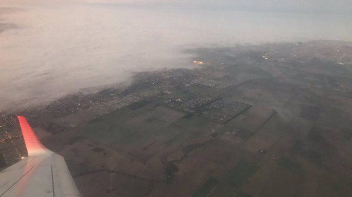 Complicaciones con los vuelos en Fisherton por la intensa niebla