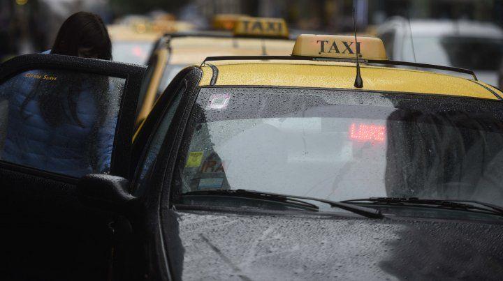 La nueva tarifa del taxi entra en vigencia a partir de la medianoche