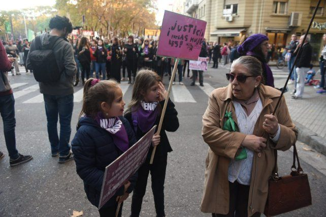 Mujeres y niñas también acompañaron la marcha.