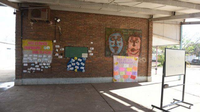 La institución. La escuela bilingüe que funciona en el barrio Toba.