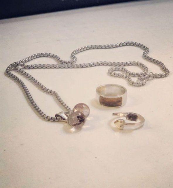 Agustina Kämpfer se hizo un anillo con material biológico de su hijo