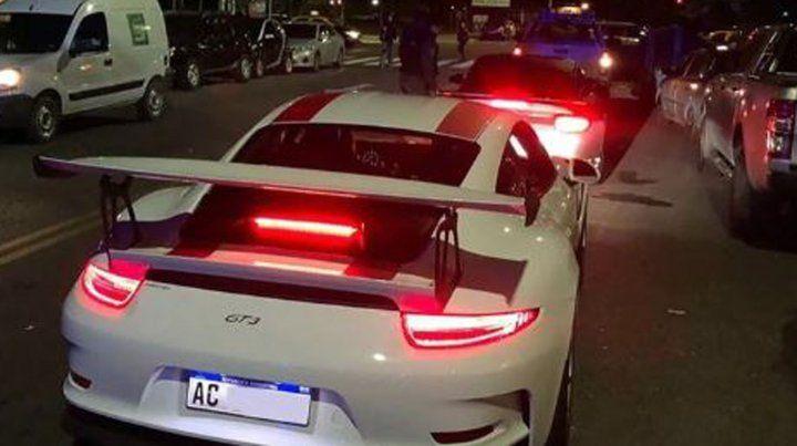 Secuestraron 38 autos de alta gama en Madero Center