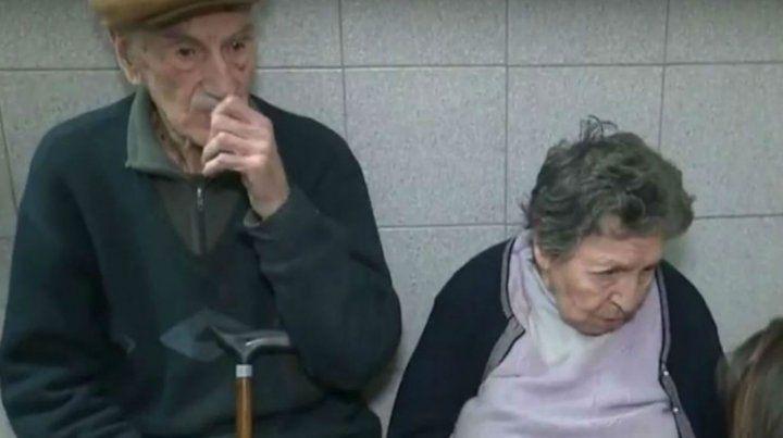En la comisaría. La pareja
