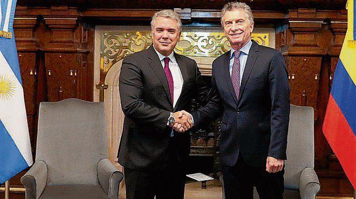 saludo. Duque y Macri ratificaorn su buena sintonía política.