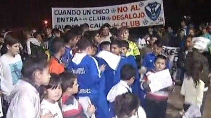 El club Villa Gobernador Gálvez pide ayuda para evitar el desalojo