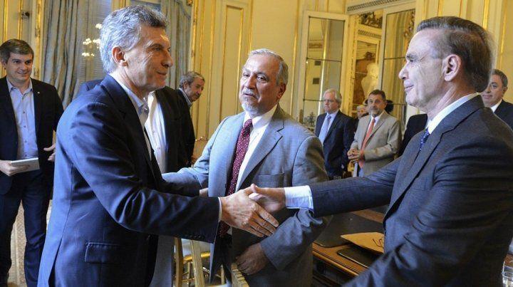 Macri publicó la primera foto con Pichetto en Olivos