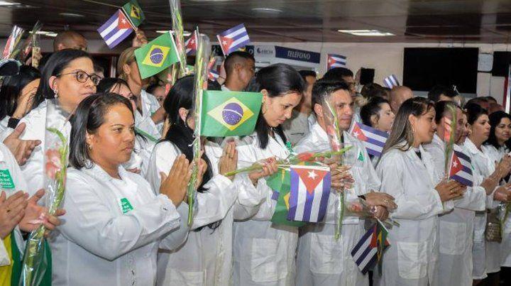 Bolsonaro no logra reemplazar a losocho mil médicos cubanos de Dilma