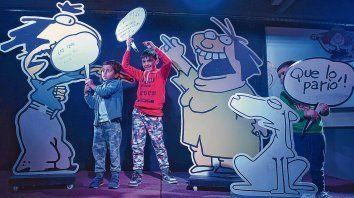 Los más chicos disfrutaron de la original propuesta de la Escuela Móvil, presentada durante la reciente edición de la Feria del Libro de Rosario.