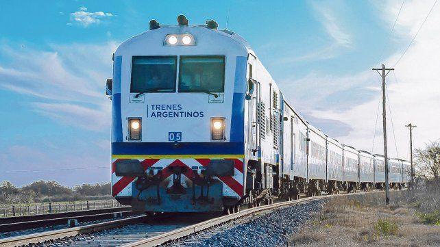 numero de foto. El tren de cercanía busca unir a las poblaciones de la región de manera barata y eficaz.