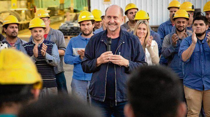 Perotti cerró la campaña en una fábrica
